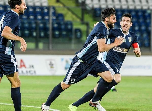 Прогноз на футбол: Ла Фиорита – Линфильд, Лига Чемпионов (04/07/2017/21:30)