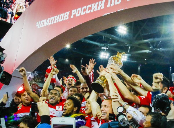 Прогнозы букмекеров: Зенит выиграет чемпионат России, шансы Спартака менее 10%
