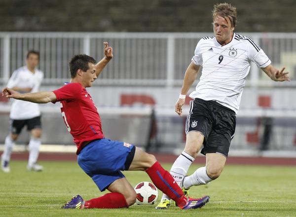 Прогноз на футбол: Германия до 19 – Беларусь до 19, Квалификация к ЧЕ , Группа 2, 1 тур (04/10/2017/13:00)