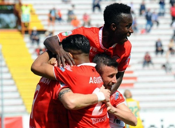 Прогноз на футбол: Перуджа – Авеллино, Серия В, 13 тур (06/11/2017/22:30)