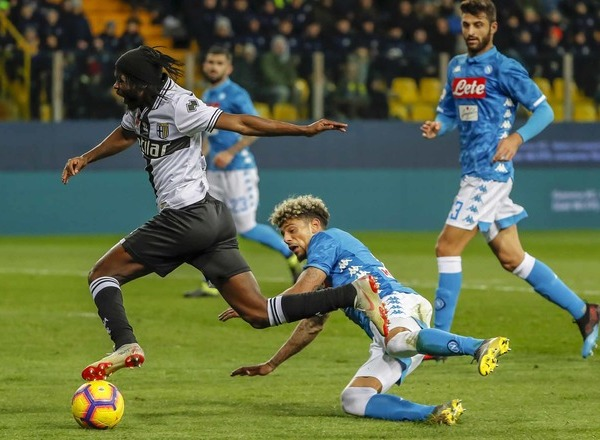 Прогноз на футбол: Наполи – Парма, Италия, Серия А, 16 тур (14/12/2019/20:00)