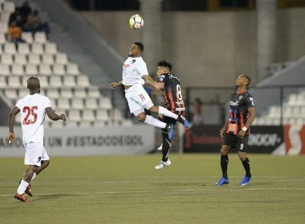 Прогноз на футбол: Дирьянхен – Реал Мадрис, Никарагуа, Лига Примера, 18 тур (19/04/2020/00:00)