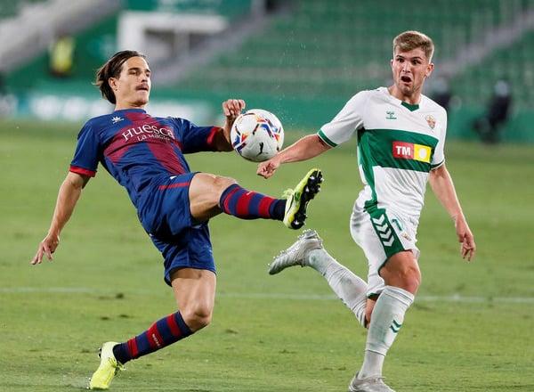 Прогноз на футбол: Уэска – Эльче, Испания, Ла Лига, 30 тур (09/04/2021/22:00)
