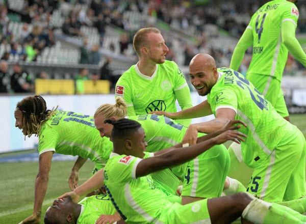Прогноз на футбол: Хоффенхайм – Вольфсбург, Бундеслига, 6-й тур (25/09/21/16:30)